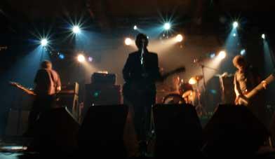 Los Surfin' Bichos durante su actuación en la sala santana