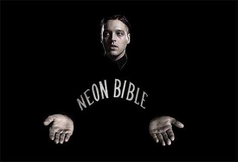 Imagen del vídeo interactivo online del tema Neon Bible de Arcade Fire