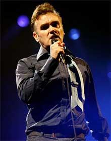Morrissey durante un concierto