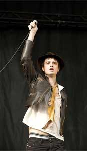 Pete Doherty durante una actuación