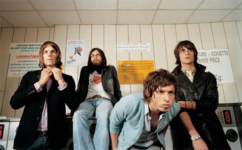 http://www.lafurgonetaazul.com/wp-content/images/200806/kings-of-leon.jpg