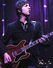 El guitarrista de Oasis Gem Archer