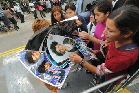 Fans de Jonas Brothers (foto Carlos García)