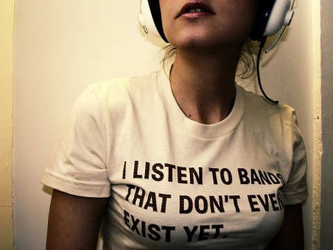 Camiseta con una frase un tanto indie snob