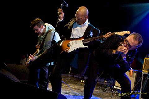 Paul Lamb & The King Snakes en directo