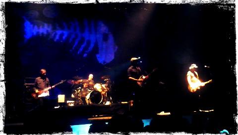 Los Enemigos en el escenario del WOP Festival 2012