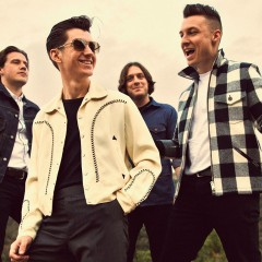 Arctic Monkeys eligen «Snap Out Of It» como nuevo single